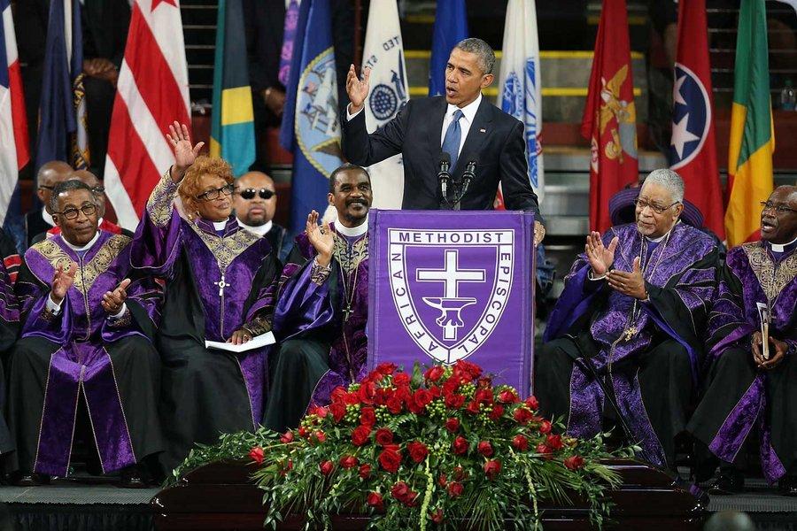558db5a51805dfb1452099ef_obama-amazing-grace-charleston